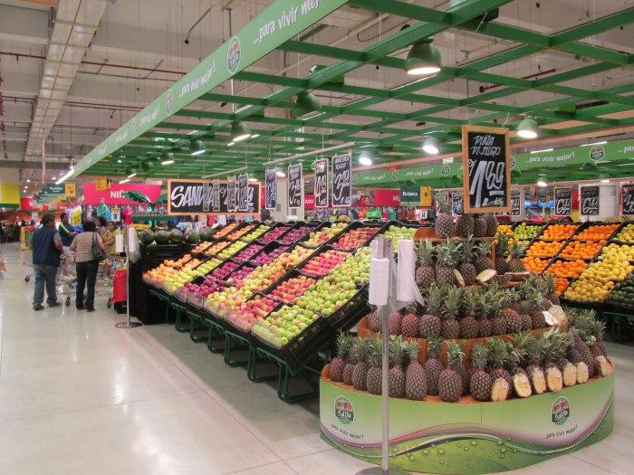 Metro store Peru
