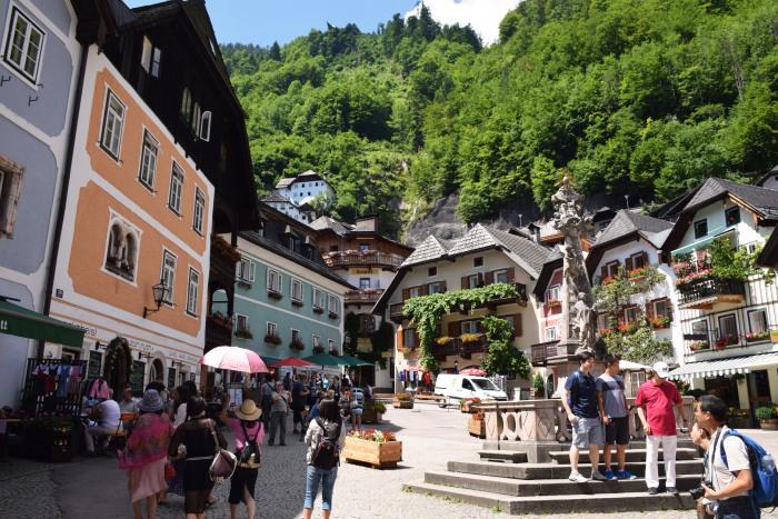 Hallstatt's market square