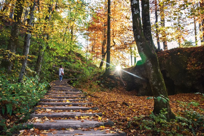Plitvice lakes national park hiking trail autumn