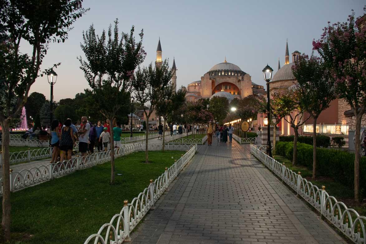 Istanbul 11 196xLOVE